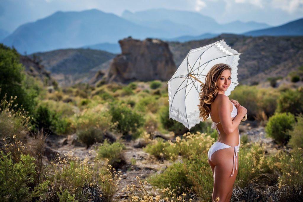 Las Vegas boudoir photograph | Luminous Boudoir by Ross Costanza