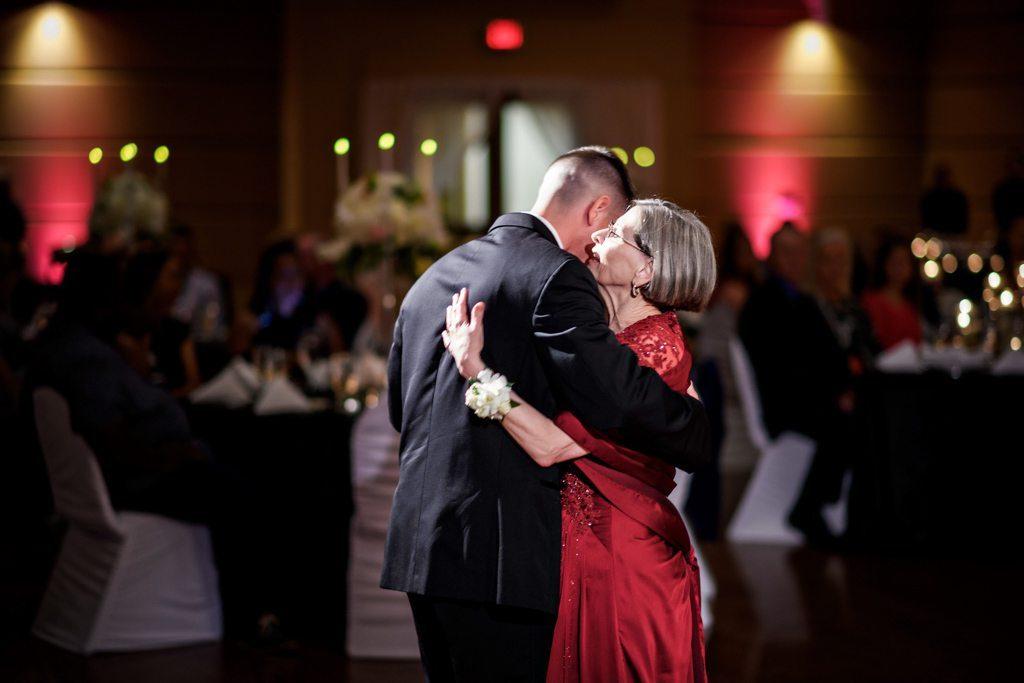 Emporia Virginia Wedding Photograph - Lacey And Mark